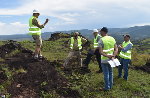 Chairman Paul Atherley explaining the Longonjo development strategy – March 2019