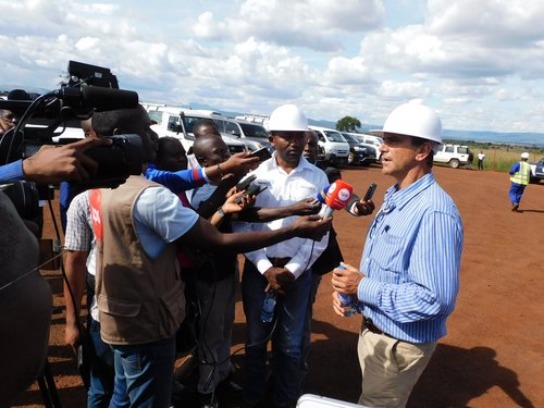 CEO Tim George addresses the Angolan media at the Longonjo NdPr project – April 2019
