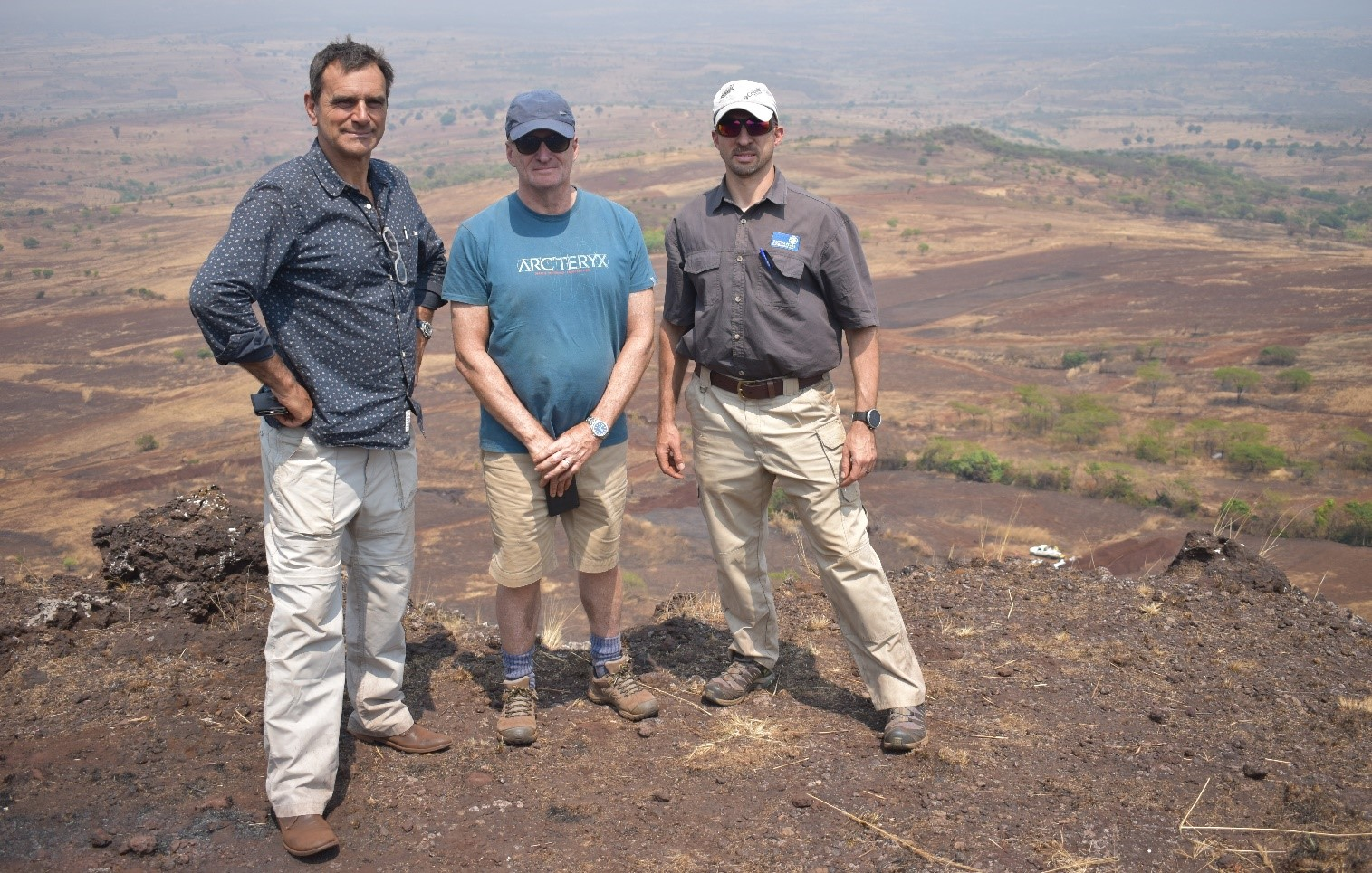 CEO Tim George , David Bird (RFC Ambrian UK) and Nelius Scheepers (Enviromental Conultant) at Chimbilundo lookout