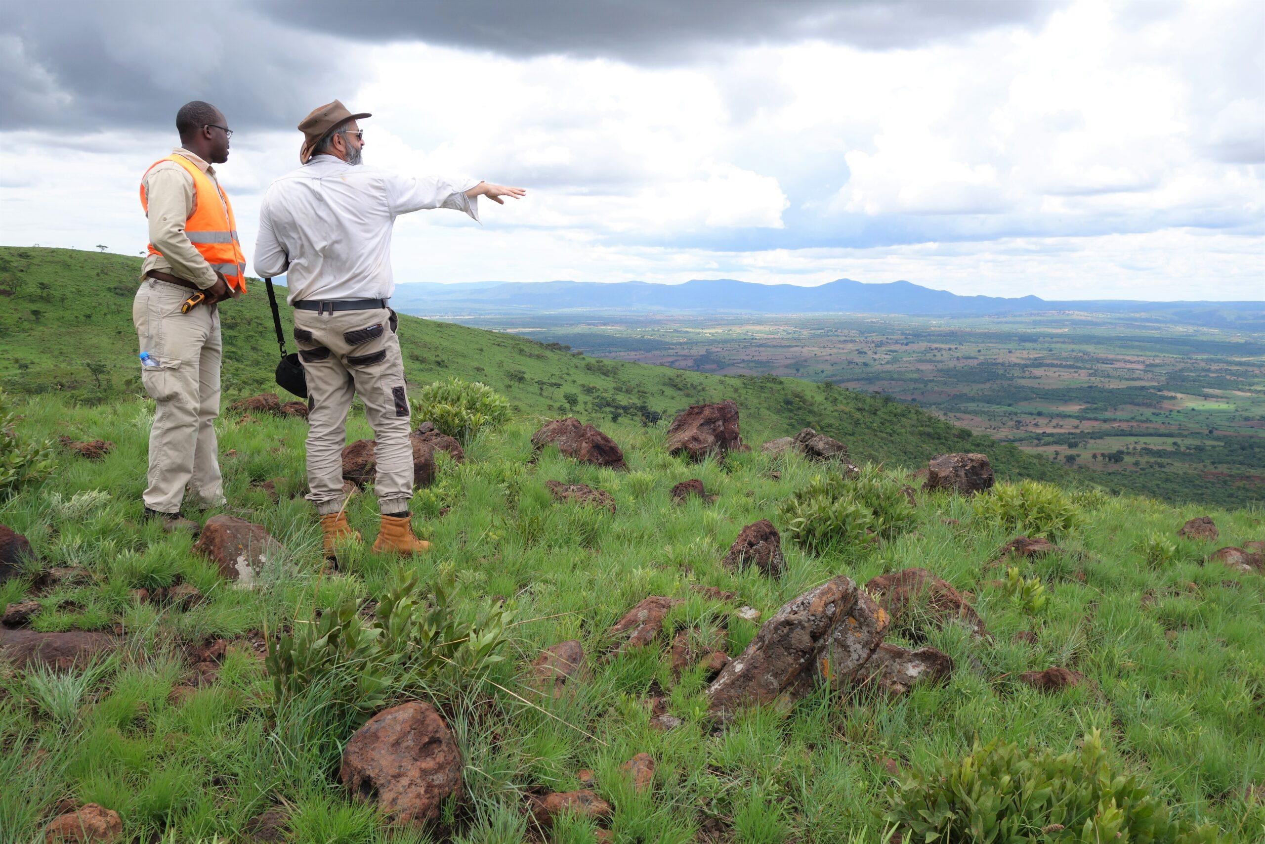 COO Dave Hammond and Geologist Gilson Victorino - Longonjo November 2019