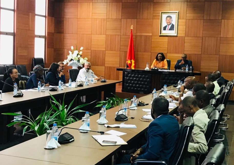 Governor Huambo meeting, EIA Consultation Meeting Tuesday 10 September 2019