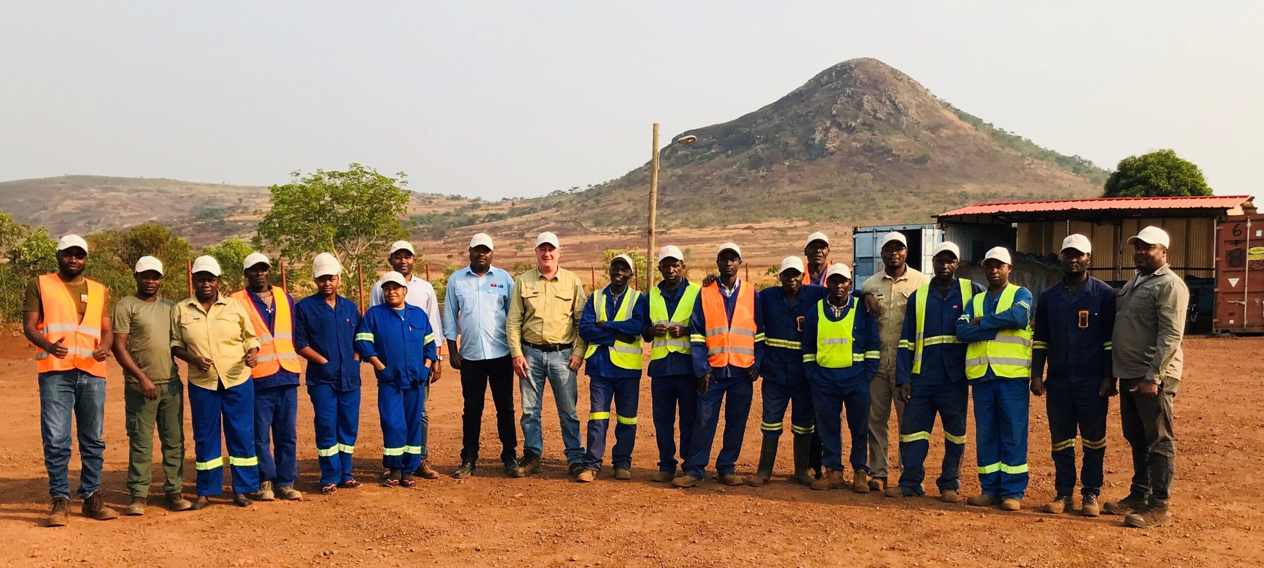 Ozango Minerais Team Photo at Longonjo