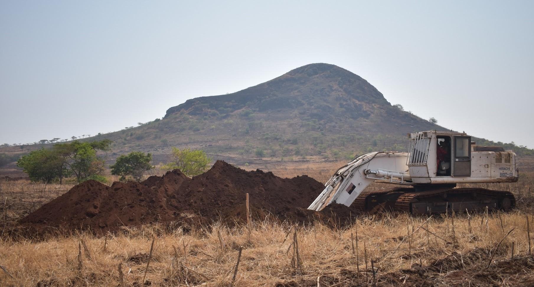 More bulk sample trenching, 5 September, Chimbilundo in background